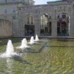 Place de la fontaine chaude