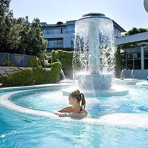 Photo illustrant l'abonnement de 5 heures proposé par l'espace aquatique Sourcéo de Saint-Paul-lès-Dax, espace de remise en forme aquatique
