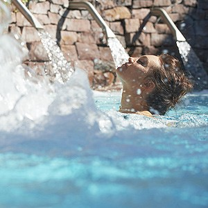 Photo illustrant l'Instant Sourcéo 2 heures, proposé par l'espace aquatique Sourcéo de Saint-Paul-lès-Dax, espace de remise en forme aquatique