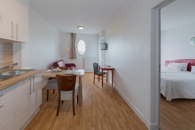Photo d'un appartement T2 de l'Hôtel Régina, logement intégré aux Thermes Régina de Dax
